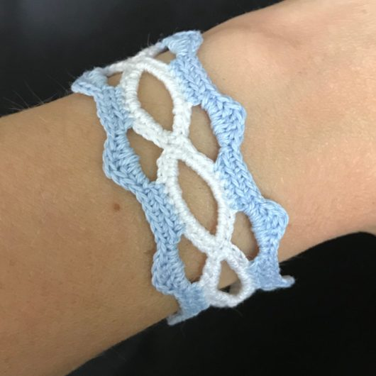 Hippie boho crocheted bracelet