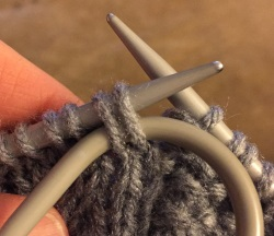 Cable 2 forward knitting