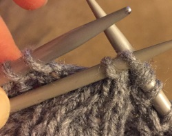 Cable 2 forward knitting