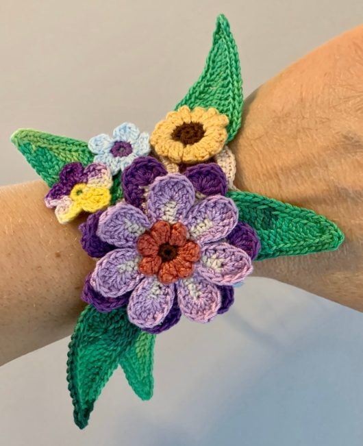 Chic Crochet Flower Bracelet Bangle Cuff