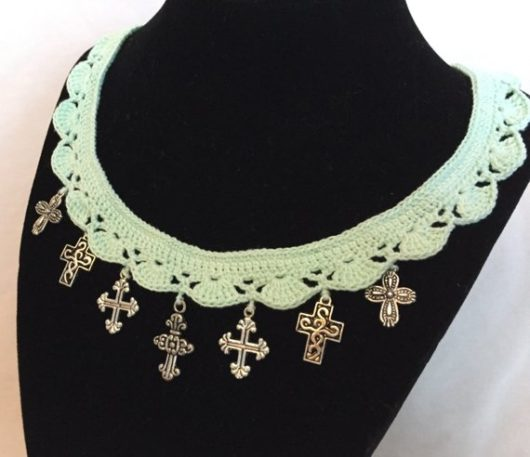 Mint Green Crosses Crochet Necklace