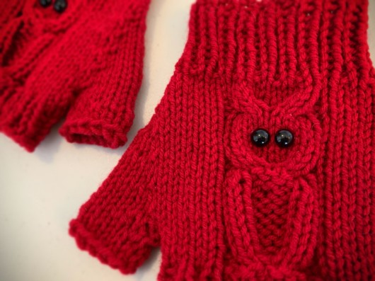 red owl knitted fingerless gloves