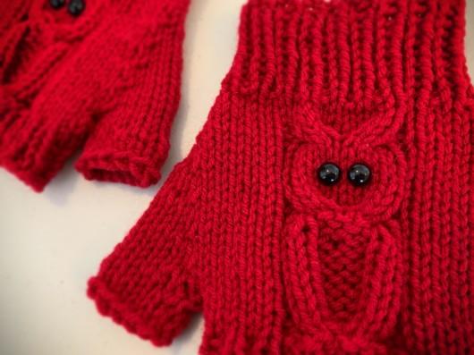 red owl knitted fingerless gloves